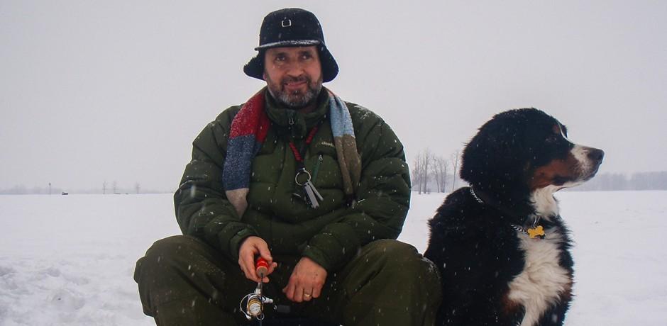 Lawrence-Maestro-ice-fishing